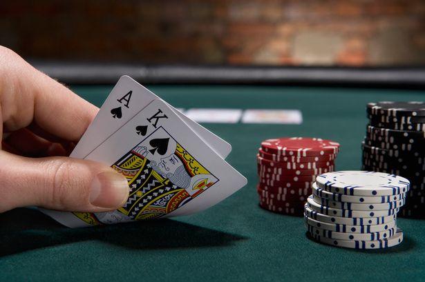 サテライトポーカートーナメントとは何ですか